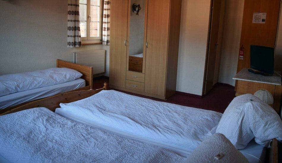 Triple_room3