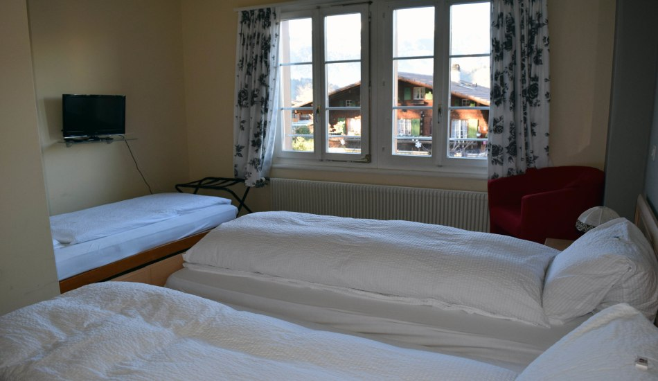 Triple_room1